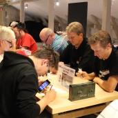 Närmaste matchen: Nils Lundström (GLXKBLT) - David Åhman (tutaren), bakom spelar Turid Pettersson (dirutten) mot Thomas Madsen (kulturist)