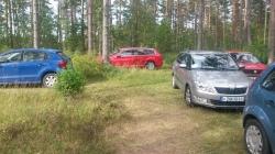 Inga parkeringsavgifter i skogen ...