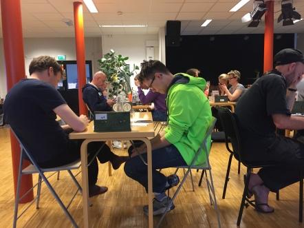 Match pågår, Christian Nilsson (christian111) och Nils Lundström (GLXKBLT).