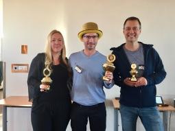 Vinnartrion: Andraplacerade Annelie Ladó (Tallbackamaja), vinnaren Jarl Nilsson (Sågnål) och tredjepristagaren Peter Läkk (Theghostoftomjoad).